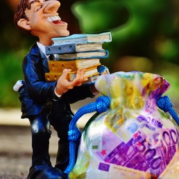 Wissen-macht-reich-der-richtige-Umgang-mit-Wissen-Wege-zum-Wissenserwerb-Wissensausbau-INFOBÜRO-Hafner