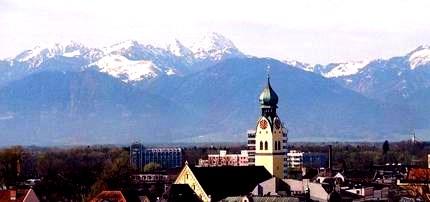 Panorama der Voralpenstadt Rosenheim bald Mekka der digitalen Zukunft für Neugründer