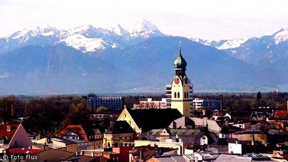 Panorama der Voralpenstadt Rosenheim die Weichenstellung für die Zukunft hat begonnen Existenzgründung digital